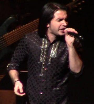 دانلود کنسرت محسن یگانه آهنگ نباشی
